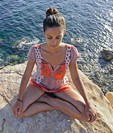 tres-click-detox-challenge-yoga-easy