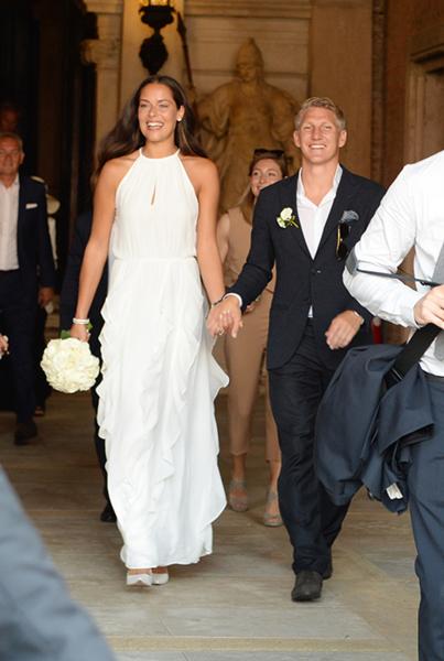 ... ihr das Traum-Hochzeitskleid von Ana Ivanovic bekommt - Très Click