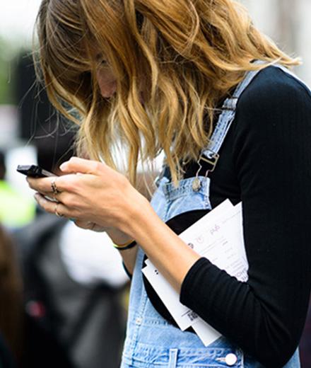 tres-click-hate-follow-social-media-2