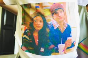 Ashton Kutcher und Mila Kunis' Sohn trägt das epischste Shirt ever