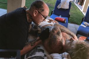OMG! Justin Bieber hat ein gigantisches (!) neues Tattoo, das über seinen ganzen Oberkörper prangt