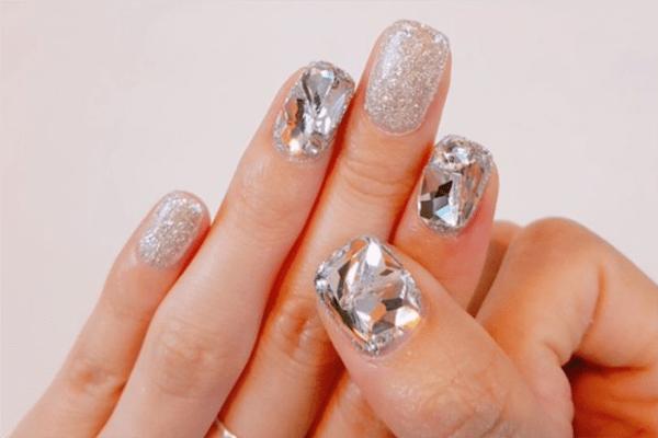 3D-Diamant-Nägel ist der Nagel-Trend aus Süd Korea!