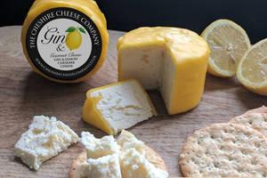 An alle Cheese-Lover: Es gibt jetzt Käse mit Gin-Geschmack!