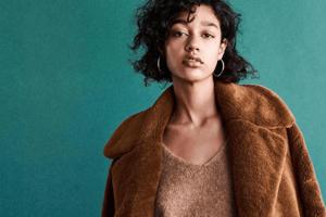 Dieser H&M Faux-Fur Mantel ist komplett ausverkauft - wir haben die Alternativen