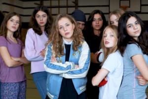 Diese Schülerinnen bringen Protest-Song gegen GNTM heraus
