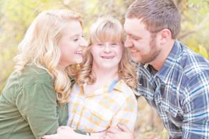 Nur im Doppelpack: Mann macht Antrag an Frau und Schwester