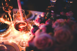 Zwei Gläser Wein helfen beim Abnehmen